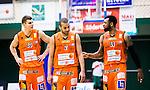 S&ouml;dert&auml;lje 2015-02-07 Basket Basketligan S&ouml;dert&auml;lje Kings - Bor&aring;s Basket :  <br /> Bor&aring;s Samuel Haanp&auml;&auml; , Andreas Persson och Christopher Chris McKnight deppar under matchen mellan S&ouml;dert&auml;lje Kings och Bor&aring;s Basket <br /> (Foto: Kenta J&ouml;nsson) Nyckelord:  S&ouml;dert&auml;lje Kings SBBK T&auml;ljehallen Bor&aring;s Basket depp besviken besvikelse sorg ledsen deppig nedst&auml;md uppgiven sad disappointment disappointed dejected