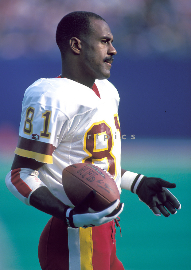Washington Redskins Art Monk (81) during a game against the New York Giants on November 15, 1981 at the Giants Stadium in East Rutherford, New Jersey. The Redskins beat the Giants 30-27.   Art Monk played for 14 years with 3 different teams, was a 3-times Pro Bowler and was inducted to Pro Football Hall of Fame in 2008.