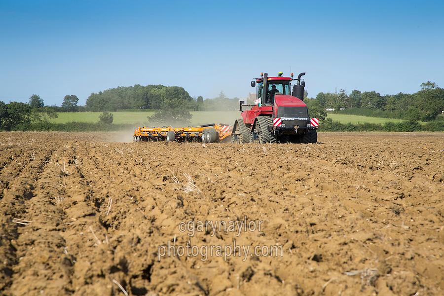 Case 550 Quadtrac & Simba 10m Cultipress cultivating ploughed land - September, Cambridgeshire