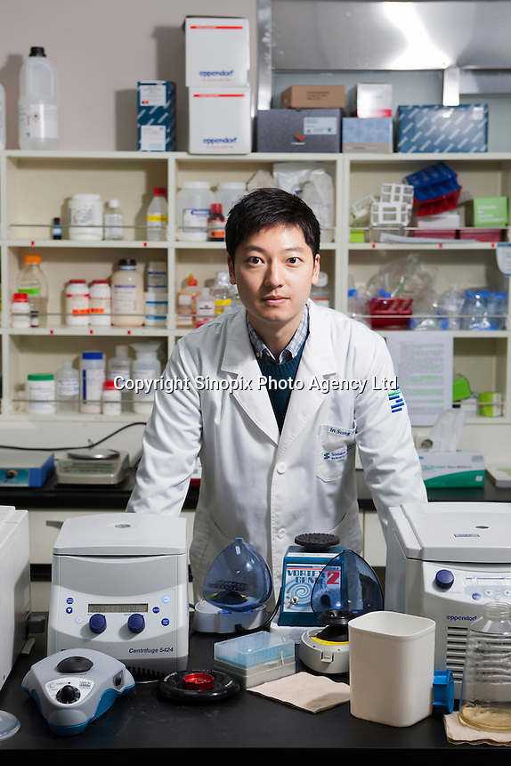 Dr Hwang Woo Suk at  Soam Biotech in Seoul, South Korea. The technique involves taking a single skin cell from the original animal and replicating its DNA to create a man-made embryo, which is born after two months' gestation.The South Korean company is expert at cloning dogs. The company says it has cloned at least 400 dogs around the world, including rescue and police dogs for the South Korean government and dozens of pets for wealthy American owners. <br /> <br /> Photo by Jae-hyun Kim / Sinopix