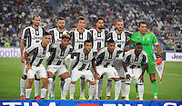 Calcio, Serie A: Juventus vs Fiorentina. Torino, Juventus Stadium, 20 agosto 2016.<br /> Juventus&rsquo; players, back row, from left, Giorgio Chiellini, Andrea Barzagli, Mario Mandzukic, Sami Khedira, Leonardo Bonucci and Gianluigi Buffon; front row, from left, Paulo Dybala, Mario Lemina, Dani Alves, Alex Sandro and Kwadwo Asamoah pose prior to the start of the Italian Serie A football match between Juventus and Fiorentina at Turin's Juventus Stadium, 20 August 2016. Juventus won 2-1.<br /> UPDATE IMAGES PRESS/Isabella Bonotto