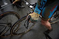 post-race hands<br /> <br /> Elite Women's race<br /> UCI 2016 cyclocross World Championships