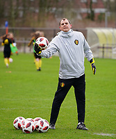 20200226 Kalmthout, BELGIUM : Belgium's goal keeper goal keeper coach Frank Verwimp during the warm up before the international friendly soccer match between the national youth Women Under 17 teams of Belgium and the Netherlands, a friendly game in preparation for the UEFA Elite rounds in March in Belgium for the Belgian team, Wednesday 26th of February 2020 at Sportpark Heikant in Kalmthout, BELGIUM. PHOTO: SPORTPIX.BE | Sevil Oktem