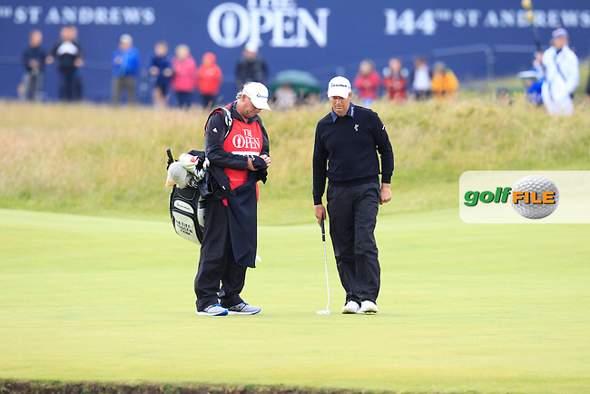 Retief Goosen (RSA) on the 1st during the final round on Monday of the 144th Open Championship, St Andrews Old Course, St Andrews, Fife, Scotland. 20/07/2015.<br /> Picture: Golffile | Fran Caffrey<br /> <br /> <br /> All photo usage must carry mandatory copyright credit (&copy; Golffile | Fran Caffrey)