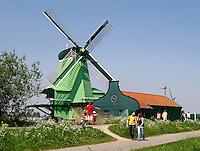 Molen de gekroonde Poelenburg in Zaanse Schans