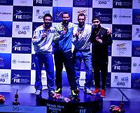 BOGOTA - COLOMBIA - 28 - 05 - 2017: Bogdam Nikishin (2 Izq.) de Ucrania Medalla de oro, Marco Fichera (Izq.) de Italia, medalla de Plata, Edoardo Munzone (2 Der.) de Italia, tercer puesto y Kyoungdoo Park (Der.) de Corea tercer puesto, durante la Final de Varones Mayores Epee del Gran Prix de Espada Bogota 2017, que se realiza en el Centro de Alto Rendimiento en Altura, del 26 al 28 de mayo del presente año en la ciudad de Bogota.  / Bogdan Nikishin (2 L) from Ukraine gold medal, Marco Fichera (L) from Italy silver medal, Edoardo Munzone (2 R) from Italy third place and Kyoungdoo Park (R) from Korea third place, during the Final Senior Men´s Epee of the Grand Prix of Espada Bogota 2017, that takes place in the Center of High Performance in Height, from the 26 to the 28 of May of the present year in The city of Bogota.  / Photo: VizzorImage / Luis Ramirez / Staff.