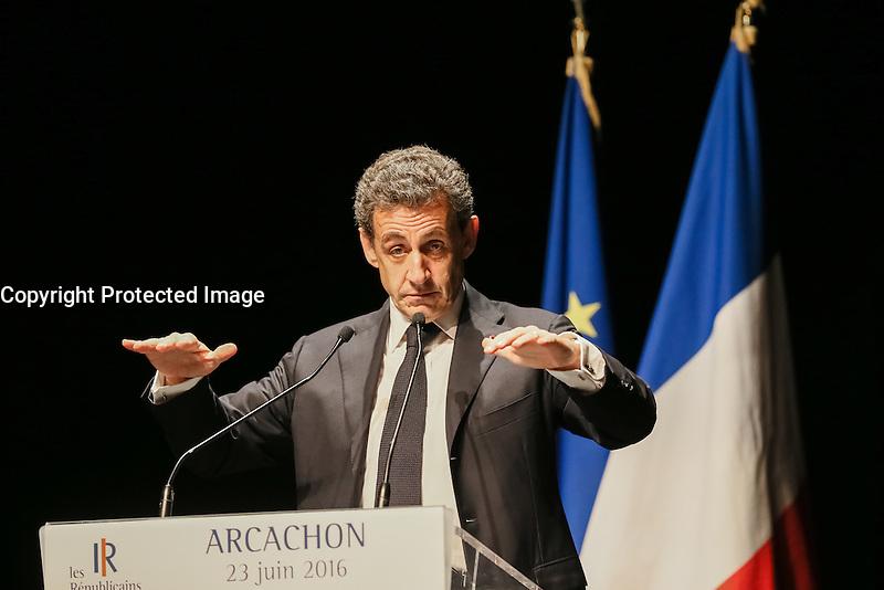 23/06/2016 - NICOLAS SARKOZY LORS DE SA REUNION PUBLIQUE A ARCACHON