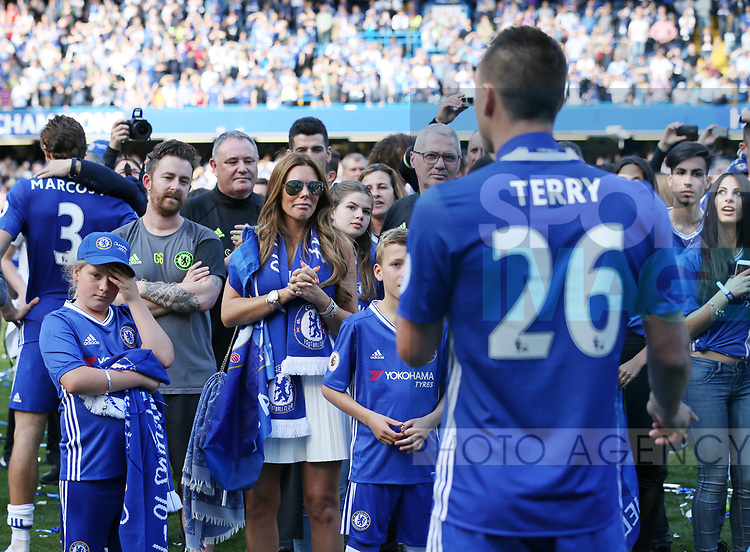 Chelsea's John Terry speaks to the crowd as his family look on during the Premier League match at Stamford Bridge Stadium, London. Picture date: May 18th, 2017. Pic credit should read: David Klein/Sportimage