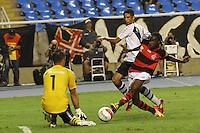 RIO DE JANEIRO, RJ, 22 DE FEVEREIRO 2012 - CAMPEONATO CARIOCA - SEMIFINAL - TAÇA GUANABARA - VASCO X FLAMENGO - Negueba, jogador do Flamengo, durante partida contra o Vasco, pela semifinal da Taça Guanabara, no estádio Engenhão, na cidade do Rio de Janeiro, nesta quarta-feira, 22. FOTO: BRUNO TURANO – BRAZIL PHOTO PRESS.