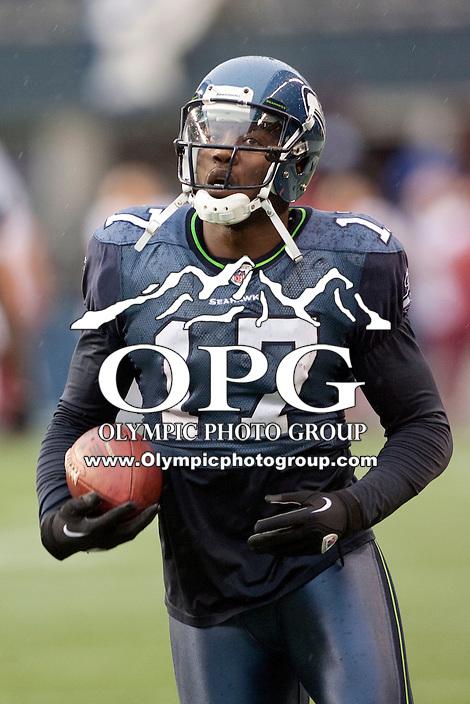 Nov 27, 2011: Seattle wide receiver #17 Mike Williams against Washington.  Washington defeated Seattle 23-17 at CenturyLink Field in Seattle,WA.