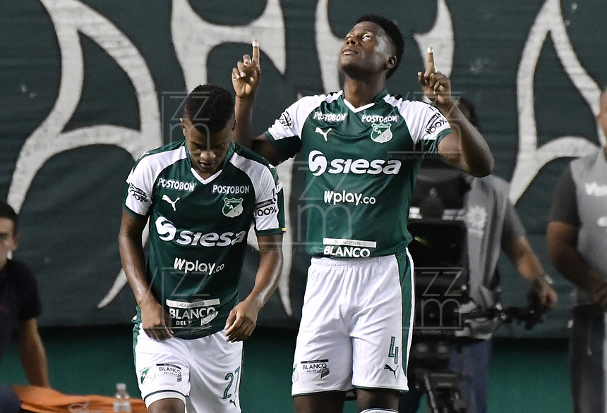 PALMIRA - COLOMBIA, 20-07-2019: Danny Rosero Valencia del Cali celebra después de anotar el segundo gol de su equipo durante partido entre Deportivo Cali y Jaguares de Córdoba por la fecha 2 de la Liga Águila II 2019 jugado en el estadio Deportivo Cali de la ciudad de Palmira. / Danny Rosero Valencia of Cali celebrates after scoring the second goal of his team during match between Deportivo Cali and Jaguares de Cordoba for the date 2 as part Aguila League II 2019 played at Deportivo Cali stadium in Palmira city. Photo: VizzorImage / Gabriel Aponte / Staff