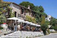 France, Provence-Alpes-Côte d'Azur, Saint-Paul-de-Vence: Vieux Moulin restaurant | Frankreich, Provence-Alpes-Côte d'Azur, Saint-Paul-de-Vence: Restaurant Vieux Moulin
