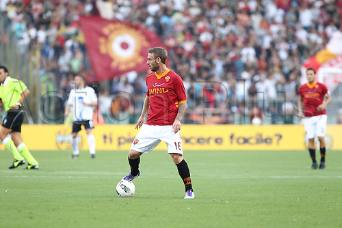 01.10.2011, Rome, Italy.   DE ROSSI In action during the Serie A match between AS Roma vs Atalanta, played in the Stadio Olimpico. Mandatory credit: Actionplus