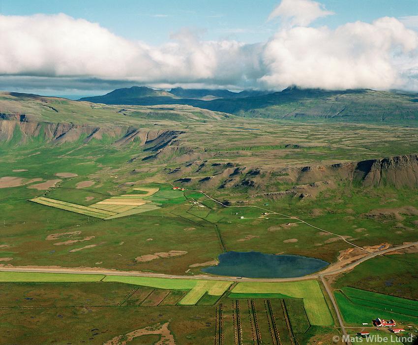 Ytra-Lágafell og Syðra Lágafell, Miklaholtshreppur, loftmynd /.Ytrra-Lagafell, Sydra-Lagafell farms, Miklaholtshreppur, Aerial