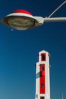 France, Aquitaine, Pyrénées-Atlantiques, Pays Basque, Saint-Jean-de-Luz, Le port de pêche - Le phare du port, classé monument historique, construit par André Pavlovsky  //  France, Pyrenees Atlantiques, Basque Country, Saint Jean de Luz, The fishing port - Harbour Lighthouse,  built by André Pavlovsky