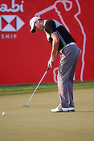 Martin Kaymer (GER) takes his putt on the 18th green during Thursday's Round 1 of the HSBC Golf Championship at the Abu Dhabi Golf Club, United Arab Emirates, 26th January 2012 (Photo Eoin Clarke/www.golffile.ie)