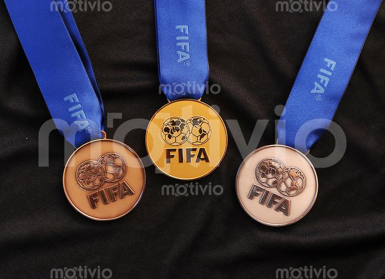 Fussball  International  FIFA  FUTSAL WM 2008   10.10.2008 Die Goldmedaille, Silbermedaille und Bronzemedaille