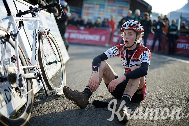 Amira Mellor (GBR) exhausted after finishing<br /> <br /> Superprestige Francorchamps 2014