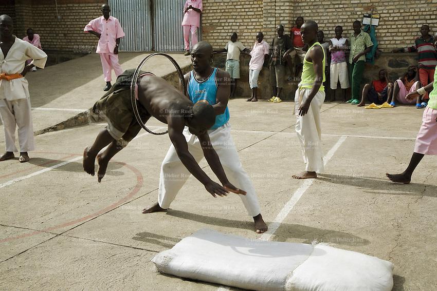 Rwanda. Jail | Didier Ruef | Photography - 278.2KB