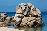 Europe/France/2A/Corse du Sud/Coti-Chiavari: Rochers de la Plage mare e sole