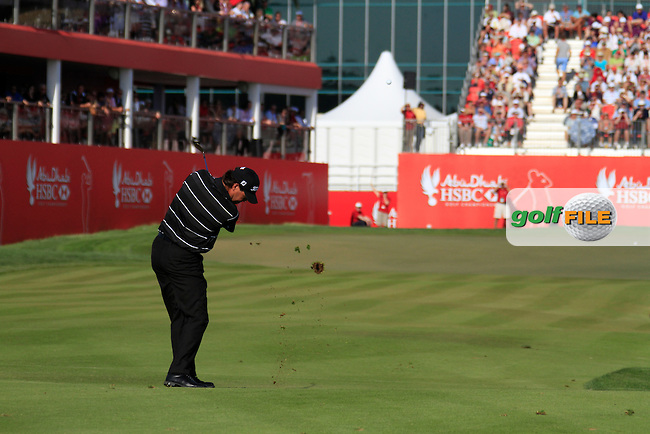 Keith Horne (RSA) in action on the 18th hole during Sunday's Final Round of the HSBC Golf Championship at the Abu Dhabi Golf Club, United Arab Emirates, 29th January 2012 (Photo Eoin Clarke/www.golffile.ie)
