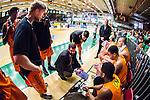S&ouml;dert&auml;lje 2014-04-26 Basket SM-final S&ouml;dert&auml;lje Kings - Norrk&ouml;ping Dolphins :  <br /> Norrk&ouml;ping Dolphins tr&auml;nare coach Paul Burke under en timeout med Norrk&ouml;ping Dolphins spelare <br /> (Foto: Kenta J&ouml;nsson) Nyckelord:  S&ouml;dert&auml;lje Kings SBBK Norrk&ouml;ping Dolphins SM-final Final T&auml;ljehallen