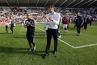 Pictured L-R: Oscar Garcia and Michu applaud supporters. Sunday 19 May 2013<br />