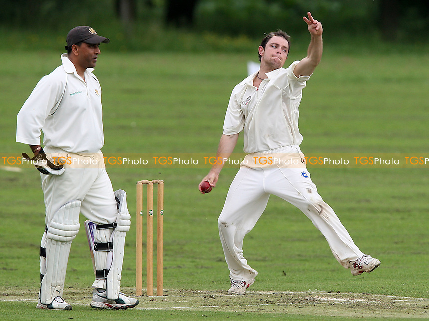 D Griffith of Shenfield - Harold Wood CC vs Shenfield CC - Essex Cricket League at Harold Wood Park - 31/05/08 - MANDATORY CREDIT: Gavin Ellis/TGSPHOTO. Self-Billing applies where appropriate. NO UNPAID USE. Tel: 0845 094 6026