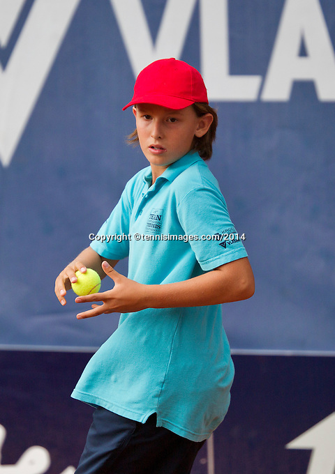 September 03, 2014,Netherlands, Alphen aan den Rijn, TEAN International, Ballboyba<br /> Photo: Tennisimages/Henk Koster