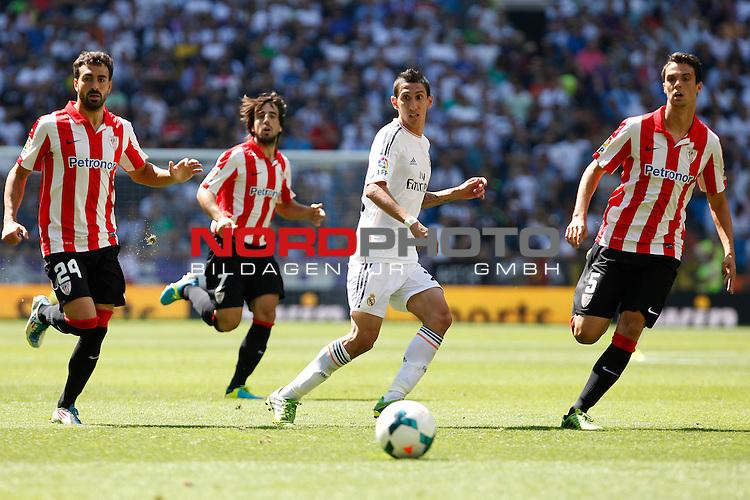 Real Madrid's Di Maria (C) and Athletic Club's Balenziaga (L), Benat (C) and Erik Moran (R) during La Liga Match. September 01, 2013. Foto © nph / Caro Marin)