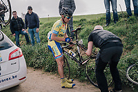Rob Ruijgh (NED/Tarteletto-Isorex) with a mechanical<br /> <br /> 35th Tro Bro Leon 2018<br /> 1 Day Race: Le Carpont - Lannilis (FRA/203km)