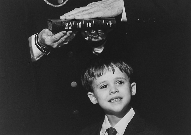 Michael Pyeatt (4) grandson of Rep. Ron Paul, R-Tex., during Mock swear-in on Jan. 7, 1997. (Photo by Maureen Keating/CQ Roll Call via Getty Images)