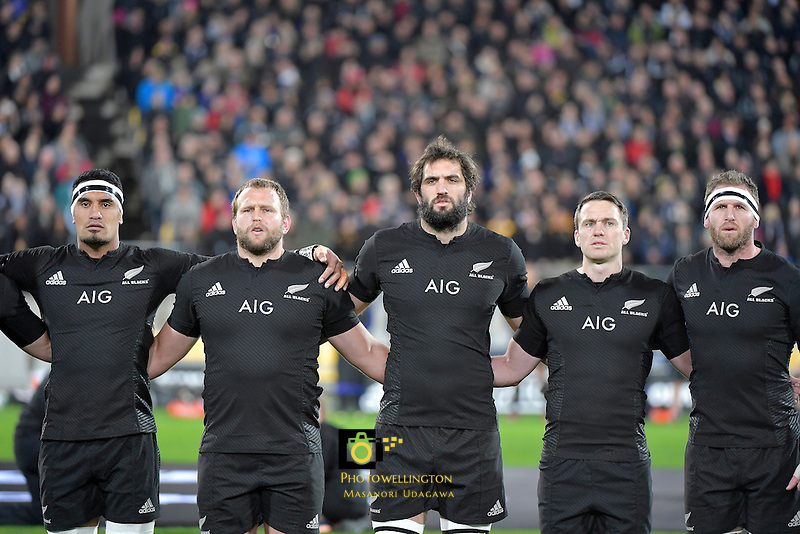 All Blacks Jerome Kaino, Joe Moody, Sam Whitelock, Ben Smith & Kieran Read sing the National Anthem. All Blacks v Wallabies. The Rugby Championship & Bledisloe Cup at Westpac Stadium, Wellington, New Zealand on Saturday 27 August 2016.<br />