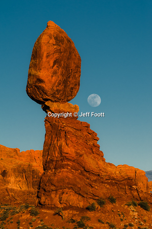 Balanced Rock and full moon, Arches National Park.