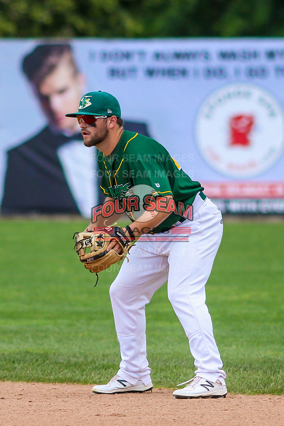 Beloit Snappers second baseman Nate Mondou (10) during a Midwest League game against the Quad Cities River Bandits on June 18, 2017 at Pohlman Field in Beloit, Wisconsin.  Quad Cities defeated Beloit 5-3. (Brad Krause/Four Seam Images)