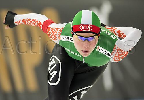 05.03.2016. Berlin, Germany. Marina Zujewa of Belarus starts her 3000m race against Hao of China, at the ISU World Allround Speed Skating Championships in Berlin.