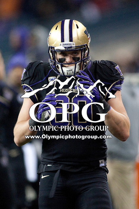 NOV 10, 2012:  Washington's Evan Hudson against Utah.  Washington defeated Utah  34-15 at CenturyLink Field in Seattle, WA...