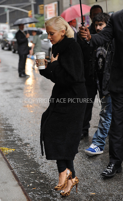 WWW.ACEPIXS.COM . . . . . ....June 9 2010, New York City....Singer Christina Aguilera arriving at the 'Late Show with David Letterman' on June 9 2010 in New York City......Please byline: KRISTIN CALLAHAN - ACEPIXS.COM.. . . . . . ..Ace Pictures, Inc:  ..(212) 243-8787 or (646) 679 0430..e-mail: picturedesk@acepixs.com..web: http://www.acepixs.com
