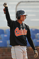August 1, 2009: Outfielder Larry Rivera (9) of the Bluefield Orioles, rookie Appalachian League affiliate of the Baltimore Orioles in a game at Howard Johnson Field in Johnson City, Tenn. Photo by: Tom Priddy/Four Seam Images