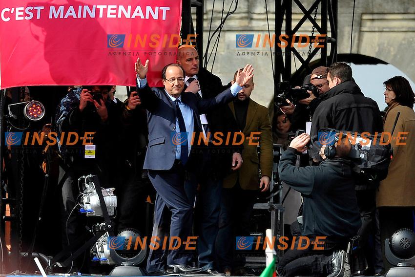 Francois Hollande candidato del Partito Socialista alle prossime elezioni.15/04/2012 Parigi, Vincennes, Meeting del Partito Socialista, in vista delle prossime elezioni presidenziali del 2012..Foto Insidefoto /Florent Dupuy/Panoramic.ITALY ONLY