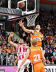 05.01.2020, ratiopharm arena, Neu-Ulm, GER, BBL, ratiopharm ulm vs Telekom Baskets Bonn, <br /> im Bild Kampf um den Rebound, Bojan Subotic (Bonn, #7), Seth Hinrichs (Ulm, #21), Gavin Schilling (Ulm, #34) hat das beste Timing<br />   <br /> Foto © nordphoto / Hafner