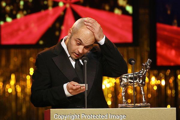 20111030 - Utrecht - FOTO: RAMON MANGOLD - Uitreiking van de Gouden Kalveren in de Stadsschouwburg. Beste Korte Film 2011 .OLIFANTENVOETEN van Dan Geesin.