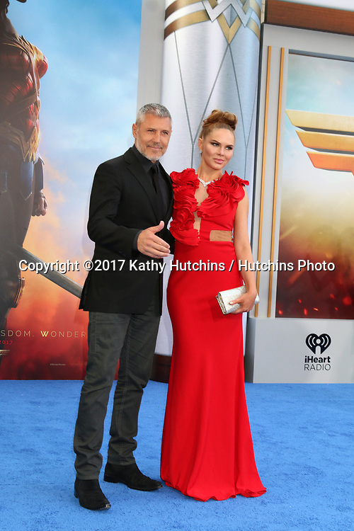 """LOS ANGELES - MAY 25:  Max Ryan, Alyssandra Snows at the """"Wonder Woman"""" Los Angeles Premiere at the Pantages Theater on May 25, 2017 in Los Angeles, CA"""