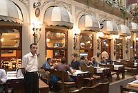 Türkei, Restaurant Passage Cicek  im Stadtteil Beyoglu  in Istanbul