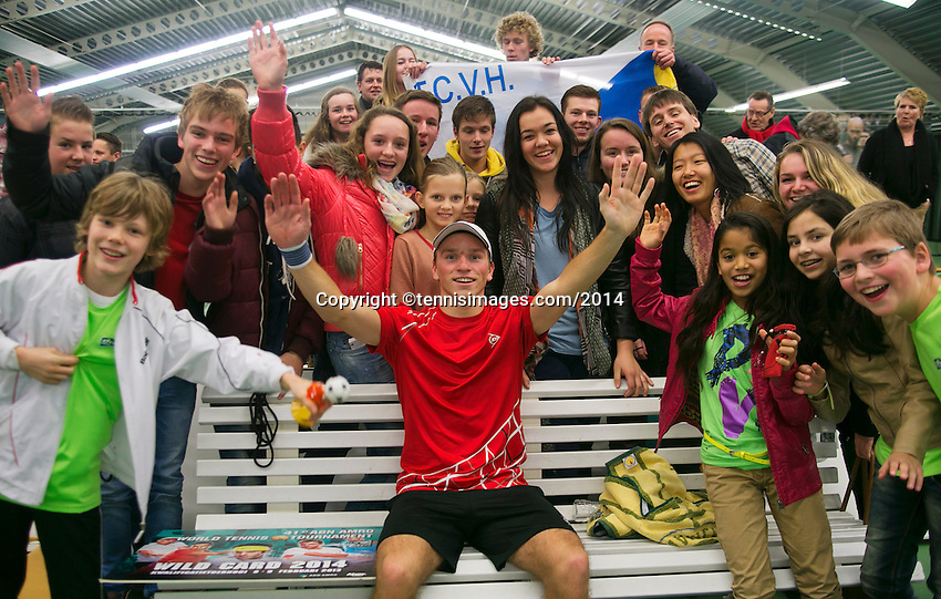 19-01-14,Netherlands, Rotterdam,  TC Victoria, Wildcard Tournament, ,   Final,  Alban Meuffels (NED)   wins the wildcard and is jubilated by his fans.<br /> Photo: Henk Koster