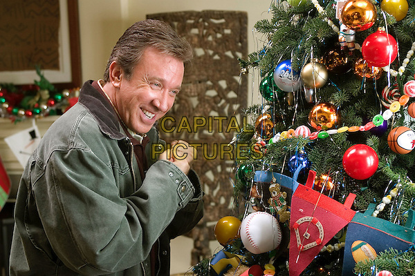 TIM ALLEN.in Christmas With The Kranks.*Editorial Use Only*.www.capitalpictures.com.sales@capitalpictures.com.Supplied by Capital Pictures.