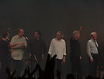 David Gilmour 2006 Universal Ampitheater, Los Angeles, CA.  Richard Wright on keyboards