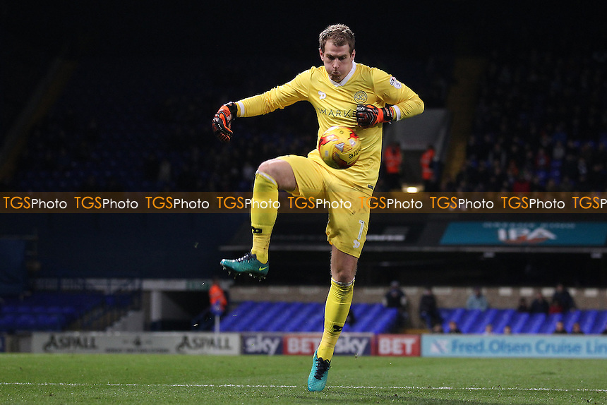 QPR goalkeeper Alex Smithies during Ipswich Town vs Queens Park Rangers, Sky Bet EFL Championship Football at Portman Road on 26th November 2016