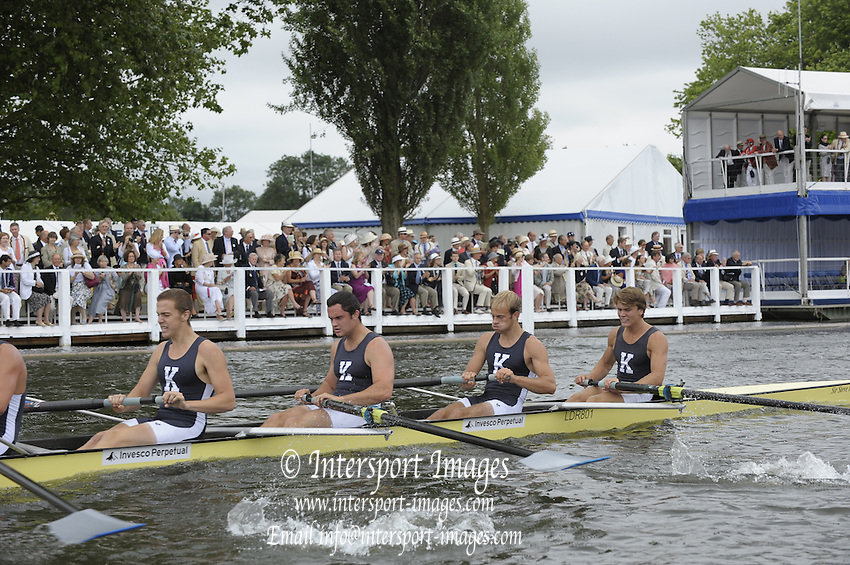 Henley, Great Britain.  Kent School USA during the closing stage of the heat in the  Temple Challenge Cup  2009 Henley Royal Regatta Friday 03/07/2009 at  [Mandatory Credit. Peter Spurrier/Intersport Images] . HRR.