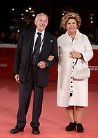 il politico italiano Fausto Bertinotti posa con sua moglie Gabriella sul red carpet di apertura della 12° edizione della Festa del Cinema di Roma, 26 ottobre 2017.<br /> Italian politician Fausto Bertinotti (l) with his wife Gabriella (r) pose on the 12th Rome Film Festival opening red carpet in Rome, October 26, 2017.<br /> UPDATE IMAGES PRESS/Isabella Bonotto